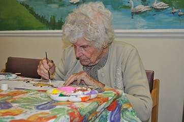 Arts and crafts for those living with dementia